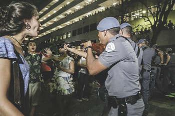 Estudantes comunistas são filhos da PUC