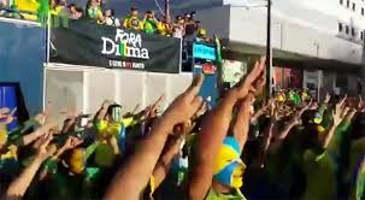 Gasolina já custa R$ 5 no Rio – população comemora