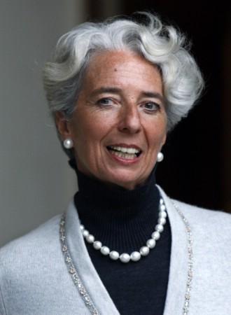 Povo brasileiro clama pela intervenção do FMI no país