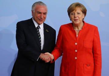 Firme no cargo, Temer se destaca como líder da América Latina