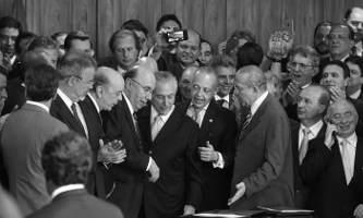 Novo regime salazarista brasileiro engrandecerá a nação